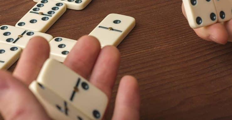 Best Dominoes Sets in 2020